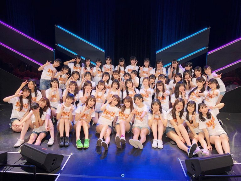 hkt48-20171126-6th_anniversary.jpg